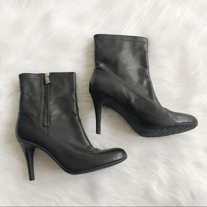 COACH Bethie Black Leather Ankle Booties SZ 10